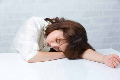 疲れた女性・悩む女性