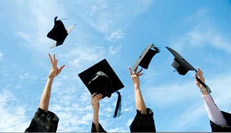 学校や大学の卒業