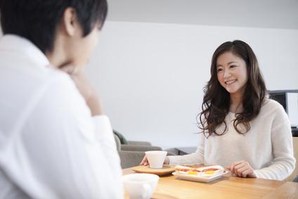 """男性目線わかってる? 30代女性の""""モテる""""婚活ファッション"""