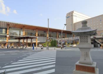 長野、駅前