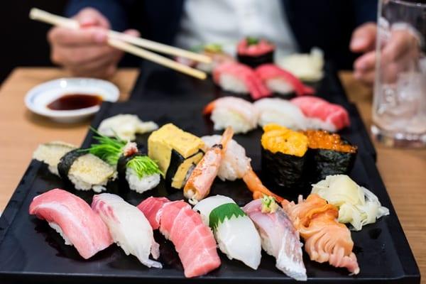 寿司、デート